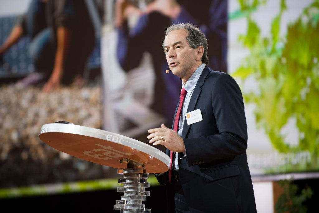 Prof. Lienhard speaking on science and technology for food security at the EAT Stockholm Food Forum, June 2017.